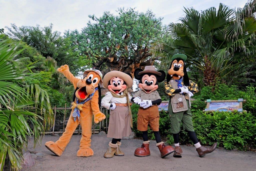 DIsney characters at Animal Kingdom