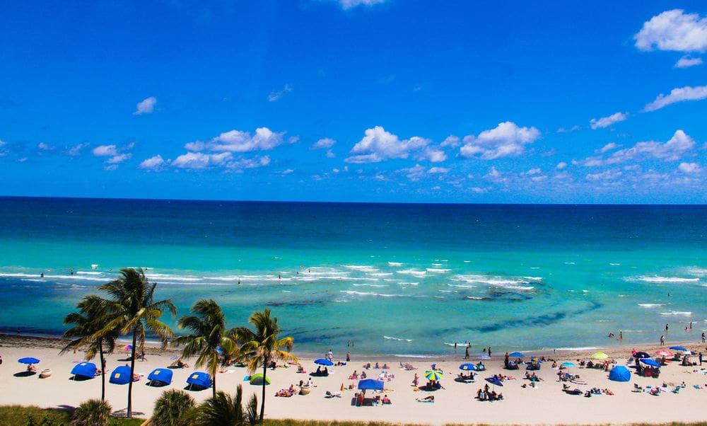 Hollywood Beach in Miami