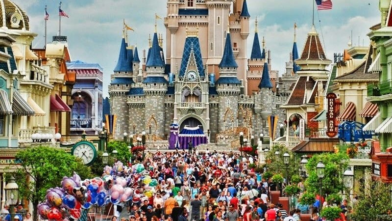 How much does the average trip to Orlando cost?