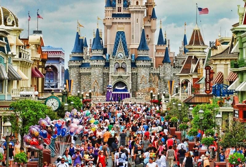 Cinderella castle at Disney